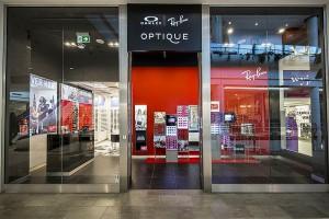 Salon Optique w Galerii Mokotów w aranżacji Michała Wilmy