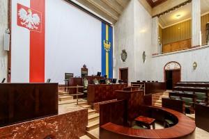 Zabytkowa sala Sejmiku Śląskiego po remoncie