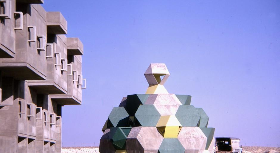 Architektura Zvi Heckera - najpierw geometria a później metafora