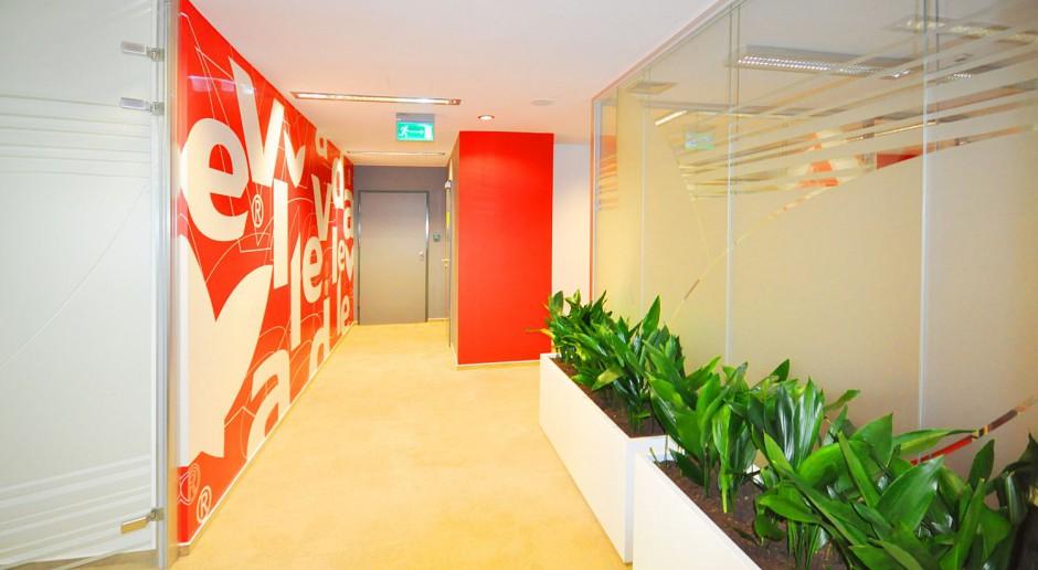 Biuro FHP Vileda: Prostota form i kształtów połączona z żywą kolorystyką