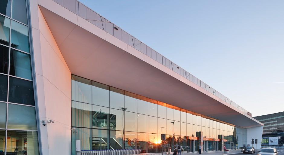 Lotnisko Chopina, jako pierwsze w Polsce, ma certyfikat Obiektu bez barier