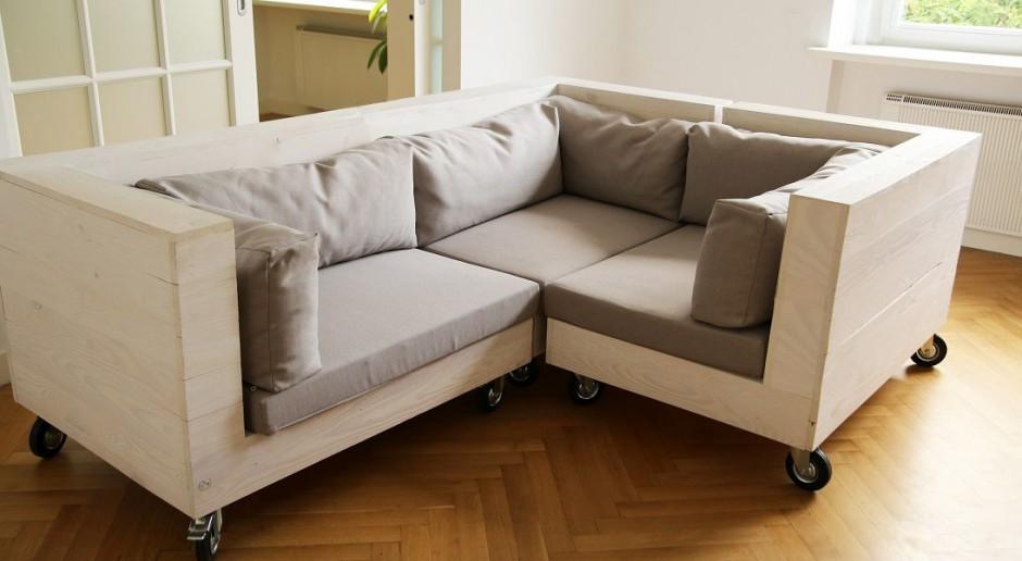 Niebanalna forma modułowej kanapy