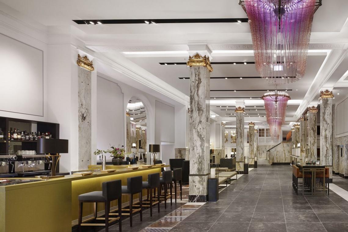 Hotel Reichshof Hamburg to połączenie elegancji w stylu art déco