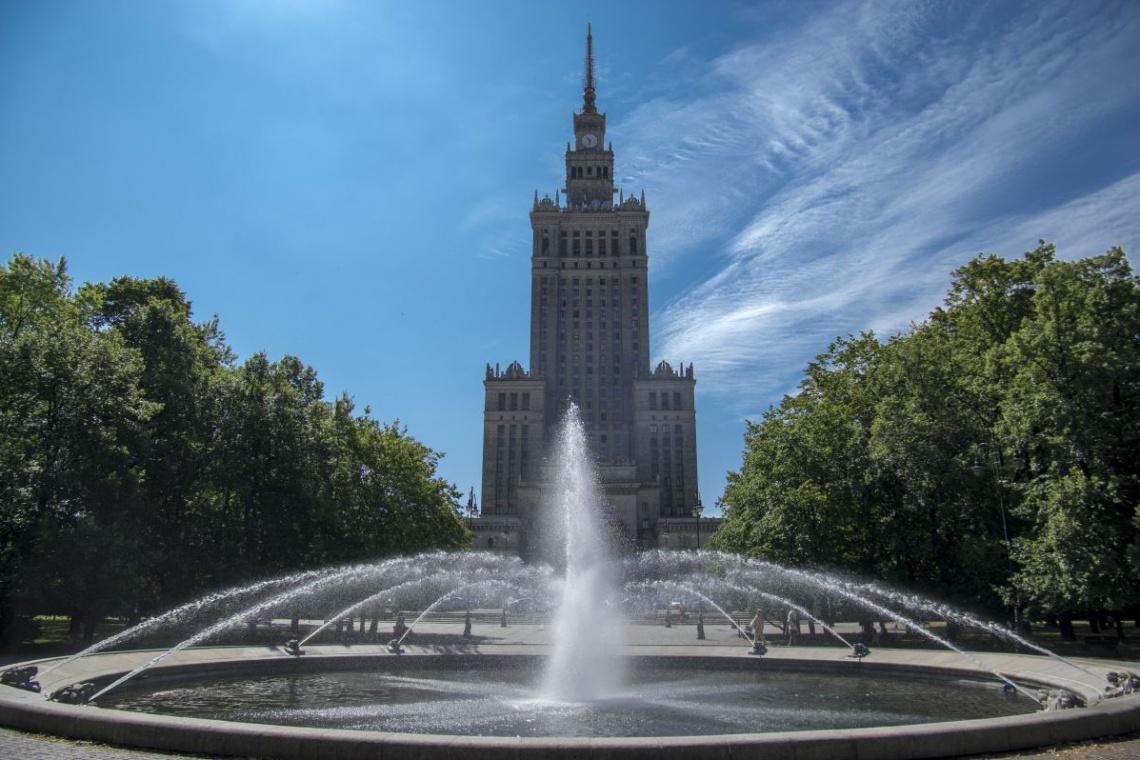 W Pałacu Kultury i Nauki wymienią 800 okien w 5 lat