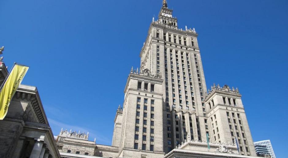 Oswoić Pałac Kultury i Nauki