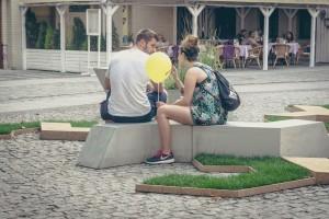 Niezwykła instalacja z  architektonicznego betonu we Wrocławiu