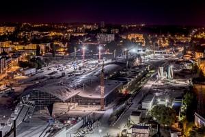 Szklany dach dworca Łódź Fabryczna prawie gotowy