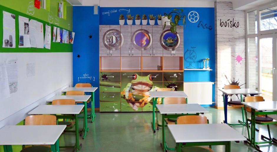 Jak zaaranżować wnętrze szkoły?