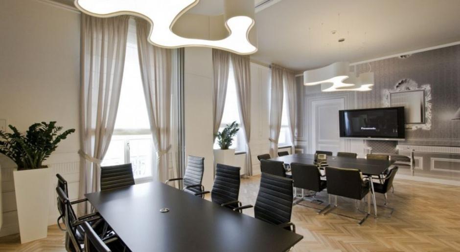 Biuro w pałacu