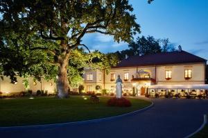 Poczuj się jak król - TOP 10 hoteli w zamkach w Polsce