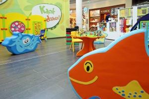 Galerie handlowe dbają o najmłodszych klientów? Tak wyglądają strefy zabaw