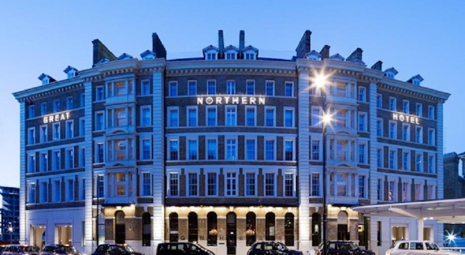 Niezwykły hotel pod nowym sztandarem
