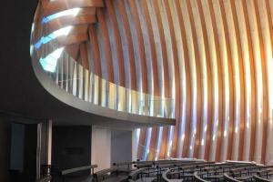 Nowoczesny kościół - jak dwie złączone muszle - to projekt AS Architecture-Studio