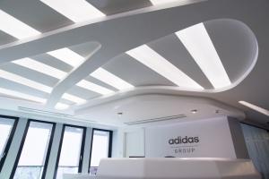 Biuro Adidas Group projektu Kreativa - tu czuć sportowego ducha walki
