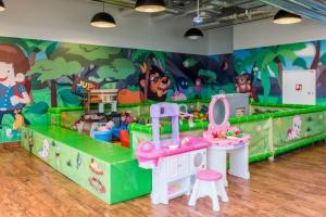 Zabawa dla dzieci, relaks dla rodziców - oto strefa rozrywki w Arkadii