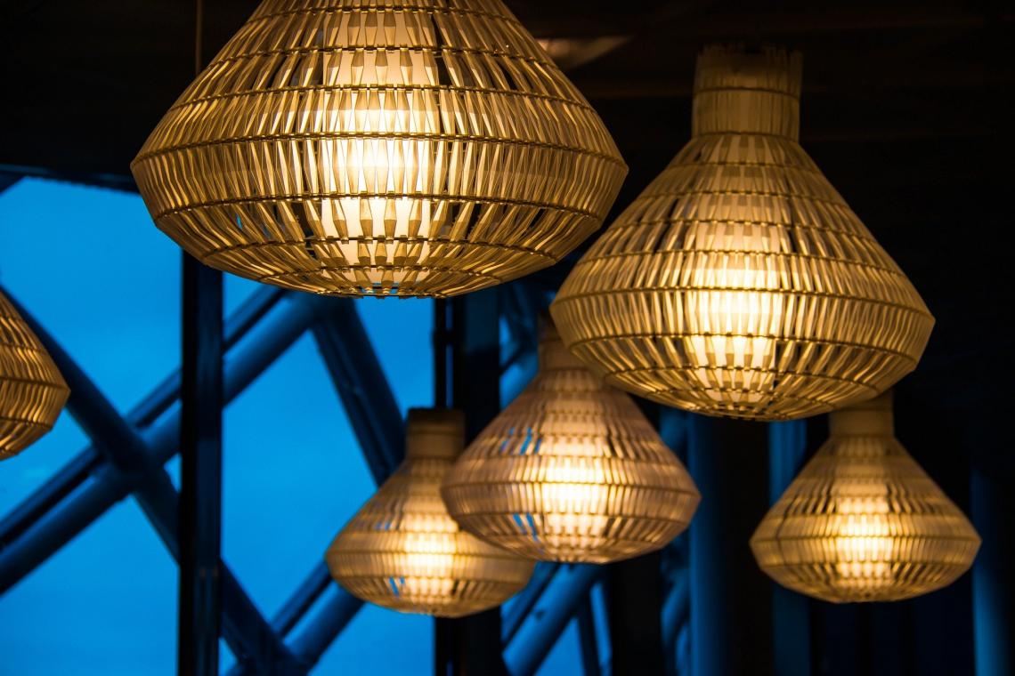 Zaprojektuj hotel z niebanalnym oświetleniem