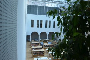 Przyjaźniej i nowocześniej - zupełnie nowe oblicze Biblioteki na Koszykowej