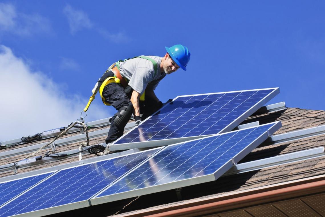 Stacje paliwowe zasilane energią słoneczną - wkrótce w Polsce