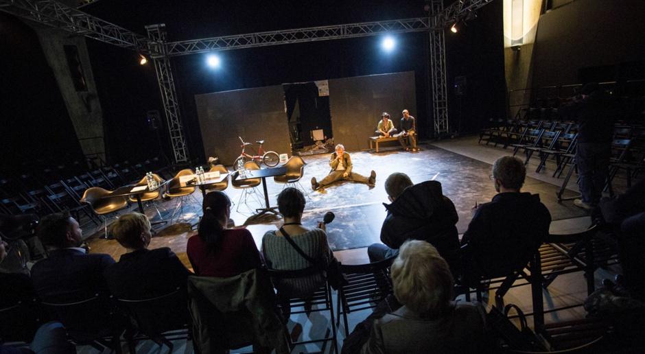 Teatr na poddaszu galerii handlowej