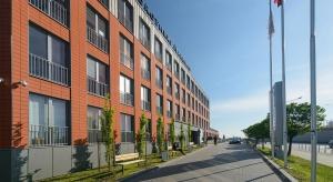 Kolejny budynek w Orange Office Park. To projekt Iliard