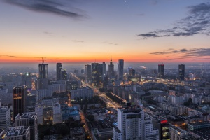 Wieża Warsaw Spire już całkowicie oszklona