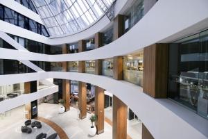 Atrium Warsaw Trade Tower nie do poznania, dzięki APA Wojciechowski