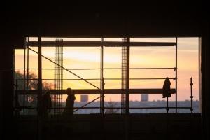 Posnania w budowie: 180 architektów i inżynierów, a nawet alpiniści