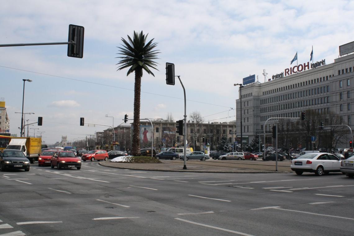 Palmę na rondzie de Gaulle'a czekają zmiany