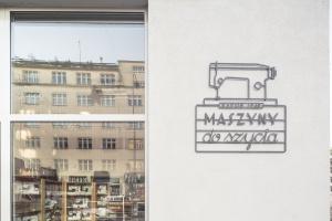 Nowe szyldy i witryny dla lokali - dobre wzorce z Gdyni