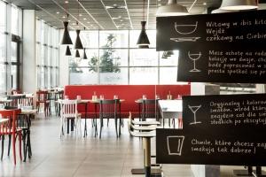 Nowe wnętrza ibis Poznań Centrum według Atelier Archange