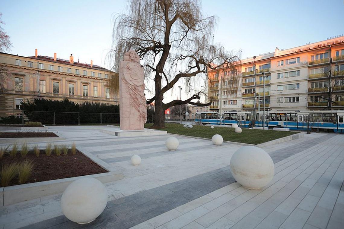 Plac Kopernika we Wrocławiu jak nowy