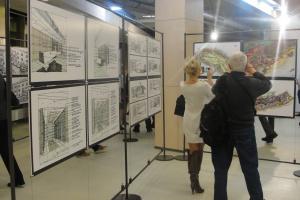 Fotorelacja z wernisażu szkiców architektonicznych Marka Tryzybowicza