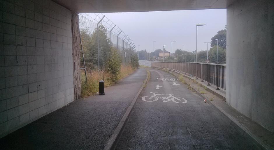 Ulica Puławska w Warszawie z tunelem dla rowerzystów i pieszych?