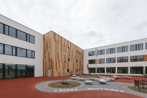 Czysty modernizm - szkoła według projektu Demiurg i Front Architects