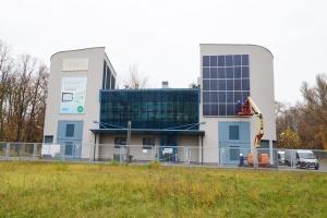 RWE Polska stawia na fotowoltaikę. Zielona inwestycja w Warszawie
