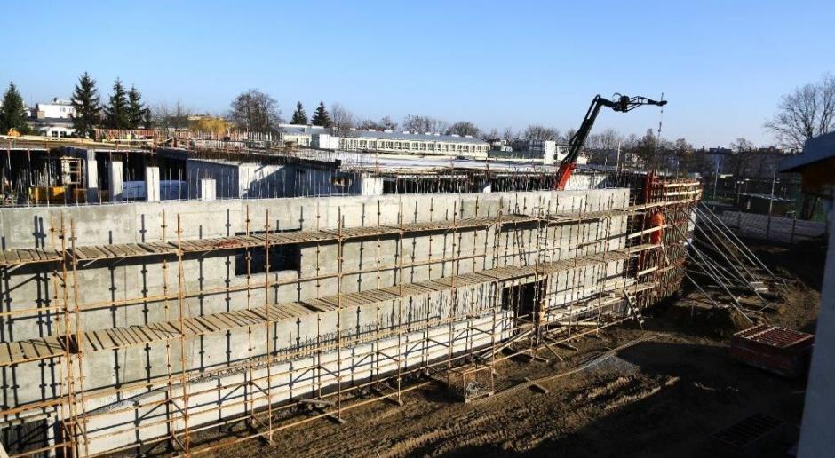 Co słychać na budowie Galerii Królewskiej w Sandomierzu?
