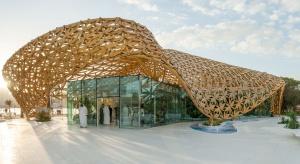 Piękny i delikatny jak... pawilon motyli w Emiratach Arabskich