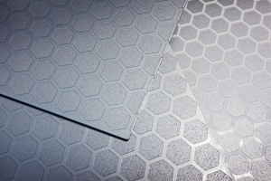 Czystość formy i geometryczna estetyka. Takie są salony Hugo Boss