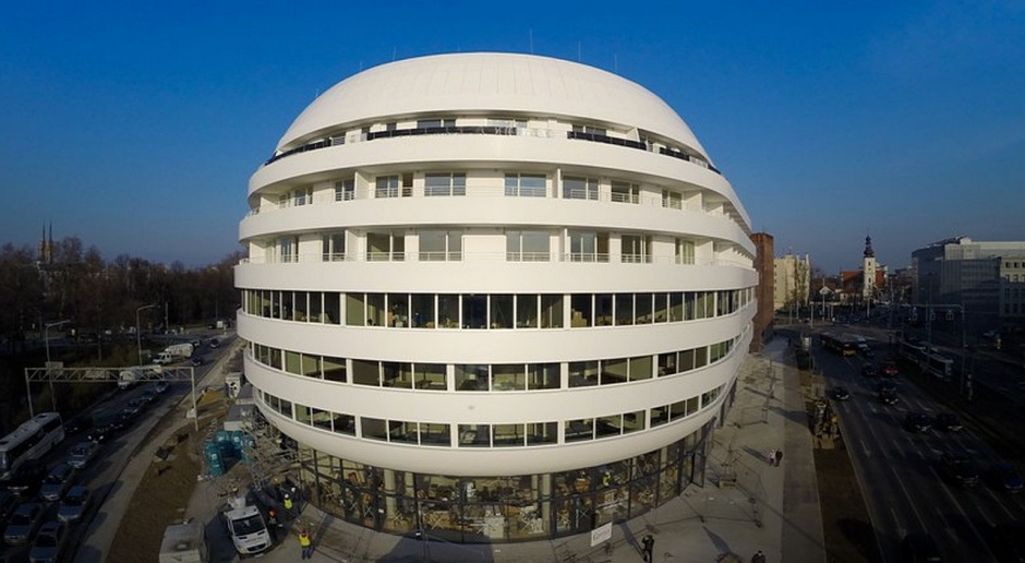 Architektura z jajem?