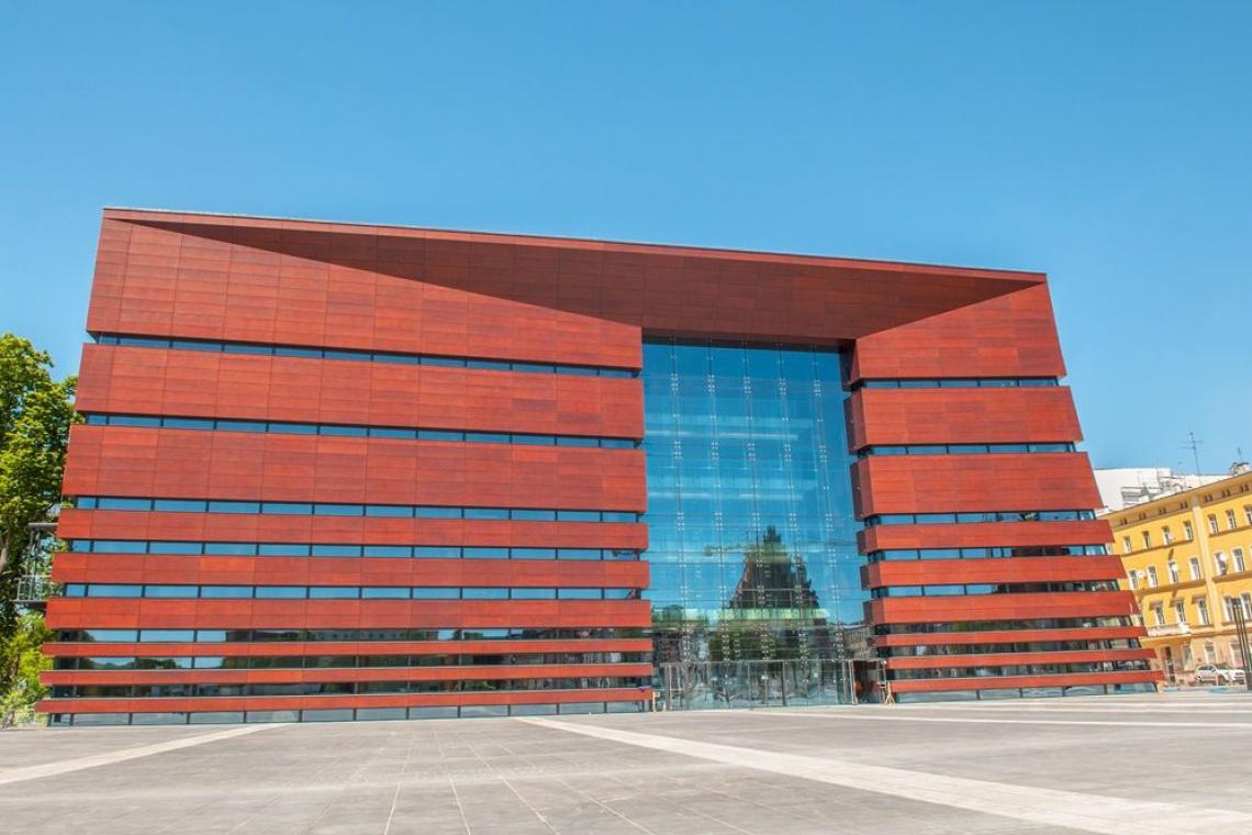 Budynek w budynku, czyli o systemie box in box