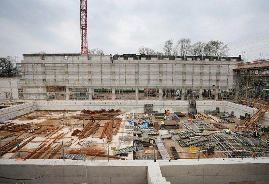 Zaawansowane prace na budowie pływalni olimpijskiej we Wrocławiu