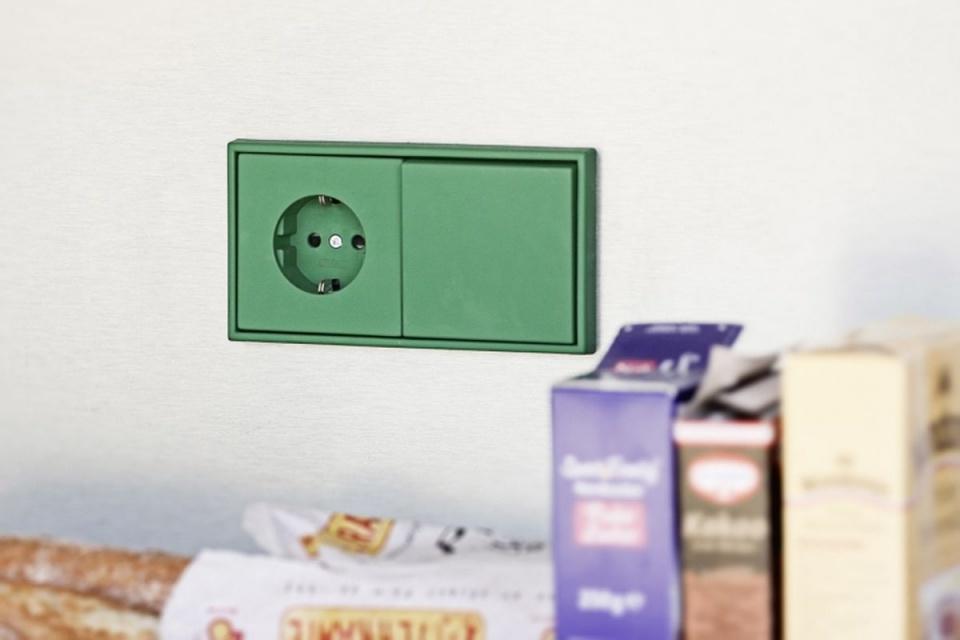 Paleta barw Le Corbusiera inspiruje do zaprojektowania... włączników światła