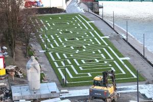 Bulwary nad Odrą: Powstaje tu tajemniczy zielony labirynt