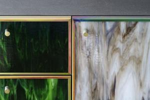 Lane szkło w tęczowych barwach