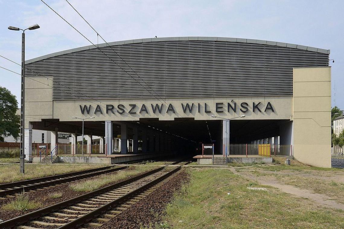 Dworzec Warszawa Wileńska czeka remont. Kto dostarczy sufity?