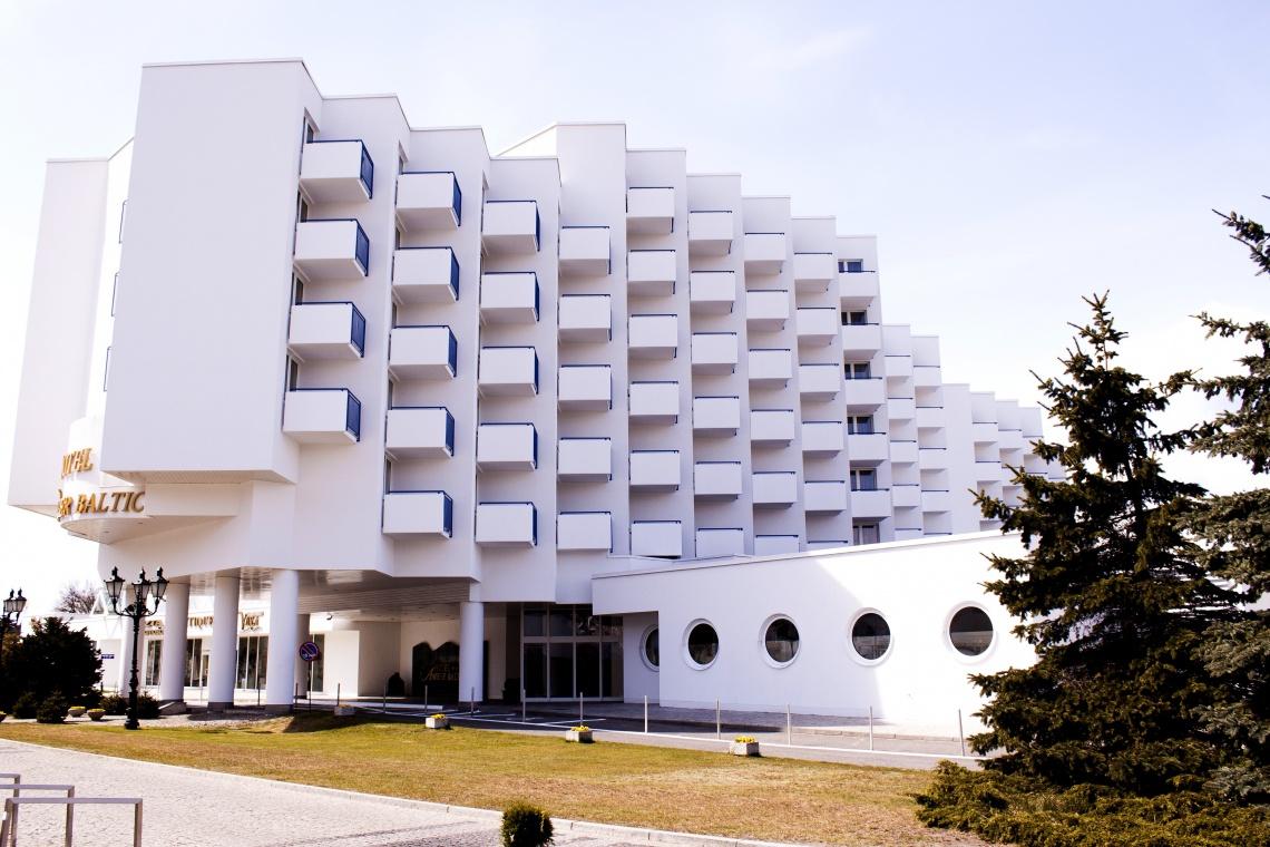 Architektoniczna reaktywacja. Znany nadmorski hotel w nowej odsłonie