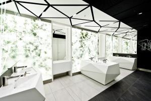 Złote Tarasy zainwestowały w design... toalet