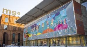 Bajkowy mural w Manufakturze