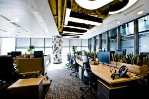TOP 10: Najbardziej designerskie biura Warszawy. W tych miejscach aż chce się pracować!