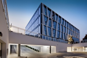 Tensor to jeden z najciekawszych architektonicznie biurowców w Gdyni